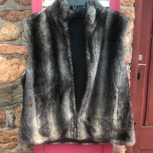 BLASS SPORT Reversible Faux Fur Vest Size Small